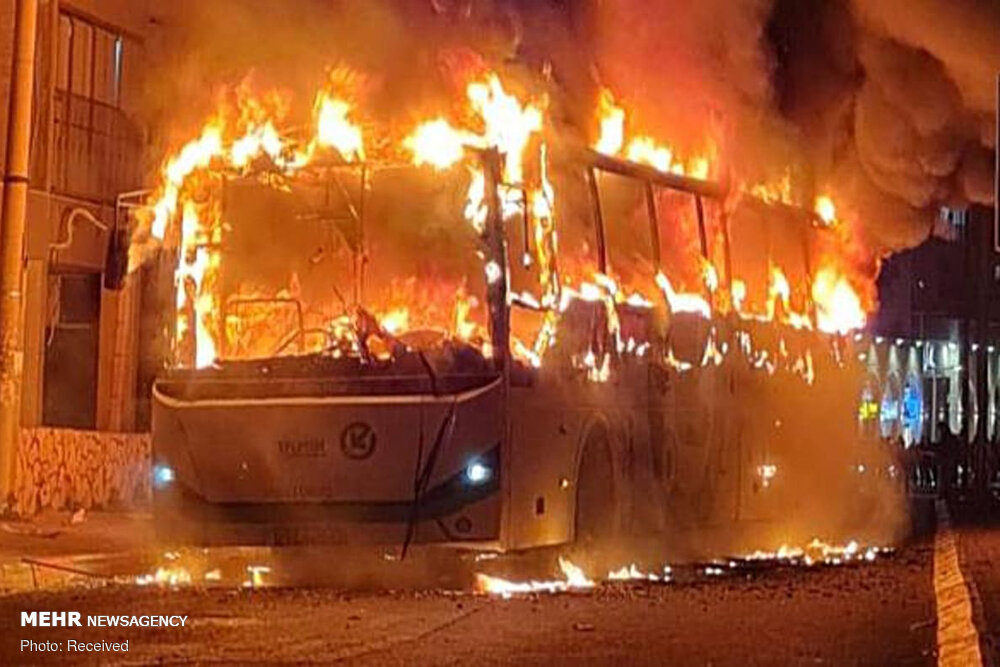 شورش شبانه و به آتش کشیدن مترو و اتوبوس ها در قدس اشغالی