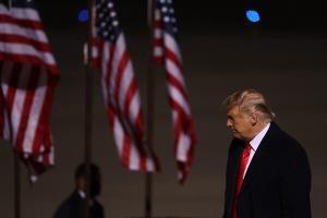 فاکسنیوز: ترامپ برنامه ای برای تشکیل یک حزب سیاسی مستقل ندارد