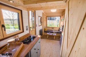 سکونتگاه همیشگی در یک خانه ۶ متری قابل حمل