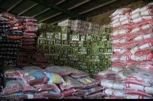 کالاهای اساسی در خوزستان بیش از سایر استانها توزیع میشود