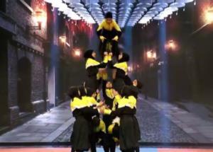 نمایش فوق العاده و خیره کننده دختران مشهدی و گروه ستاره هشتم