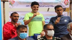 ماجرای اهدای روبالشتی به دوندگان دوی صحرانوردی در چابهار