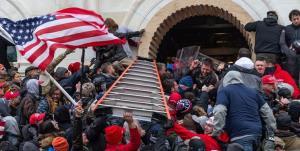 استیضاح ترامپ برای نمایندگان کنگره حاشیه ساز شد