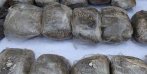 کشف ۲۵۸ کیلو مواد مخدر از ۲ خودروی سواری در خراسان رضوی