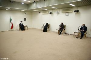 خانواده شهید فخریزاده با رهبر انقلاب دیدار کردند