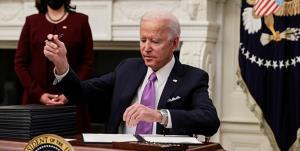 موج دوم دستورهای اجرایی بایدن برای لغو سیاستهای ترامپ