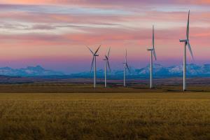 تولید برق توسط انرژی تجدیدپذیر برای اولین بار در اروپا از سوختهای فسیلی پیشی گرفت