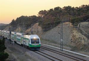 جلوگیری از واژگونی متروی کرج- تهران