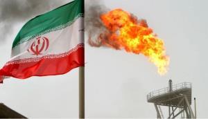 بلومبرگ: صادرات نفت ایران رو به افزایش است