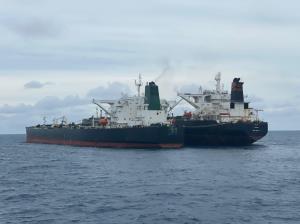 نفتکش ایرانی برای تحقیقات بیشتر، فردا به جزیره باتام اندونزی میرسد