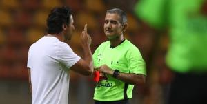 داور فوتبال عزادار شد