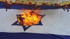 بلاتکلیفی ۳۶ سفارتخانه رژیم صهیونیستی به دلیل اختلافات نتانیاهو و گانتس