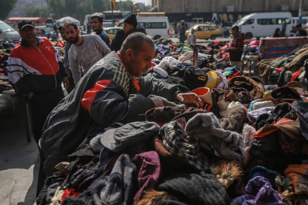 بازار پوشاک دست دوم در بغداد