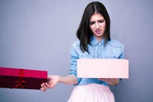 هدایایی که بهتره برای خانم ها نخرید