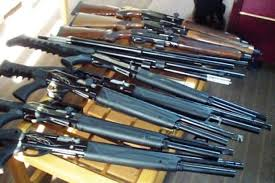 باند قاچاق سلاح به دام پلیس افتاد