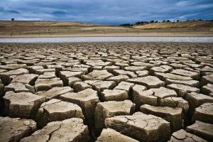 خطر در کمین منابع آبی شرق کرمانشاه