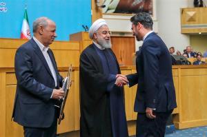 حمایت روحانی از آذری جهرمی و واکنش وزیر ارتباطات؛ ارادتمند