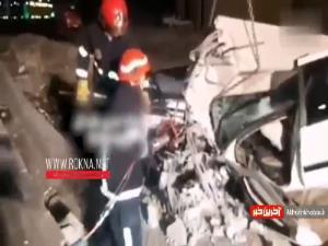 تصادف پژو با تیر برق در ساوه