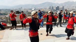 اجرای رقص آیینی خراسان با سازدهل، روبروی برج ایفل