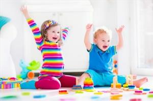 6 بازی برای افزایش هوش کودک یک ساله