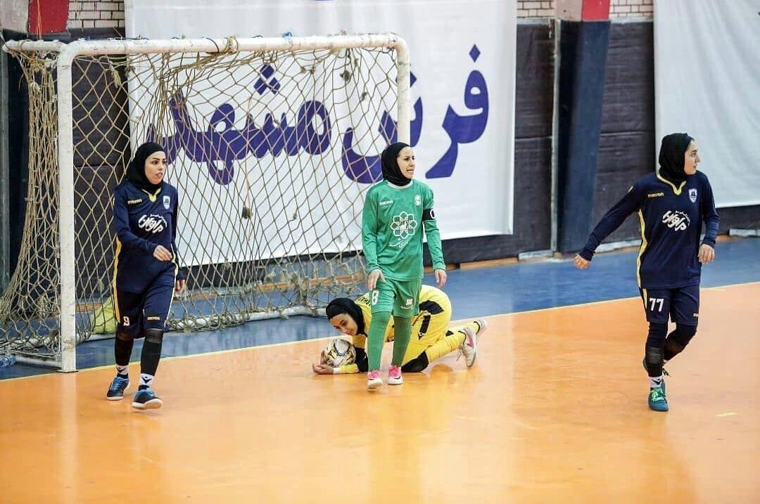 برد قاطع بانوان فوتبالیست خراسان رضوی در هفته پنجم رقابتهای لیگ برتر