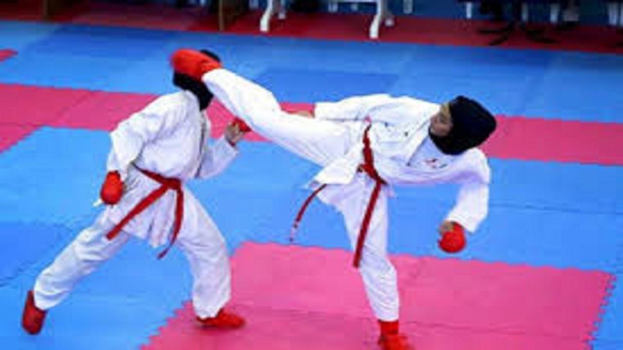 بانوی کاراته کار دامغانی در جایگاه داوری مسابقات جهانی کاراته ترکیه