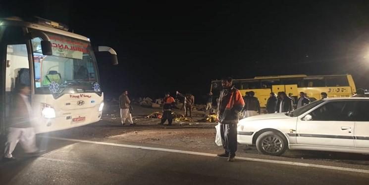 تصادف در آزادراه زنجان-قزوین؛ راننده خاور مصدوم شد