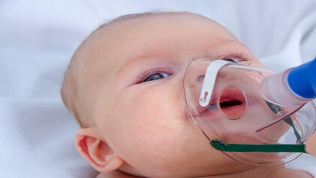 نجات نوزاد ۲ روزه از خفگی با راهنمایی تلفنی پرستار در شهرکرد