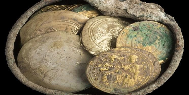 مرمت ٢٣ سکه تاریخی در موزه منطقهای جنوب شرق