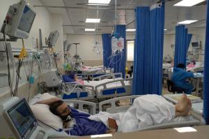 پذیرش بیش از ظرفیت مبتلایان کرونا در بیمارستان امیرالمؤمنین اهواز