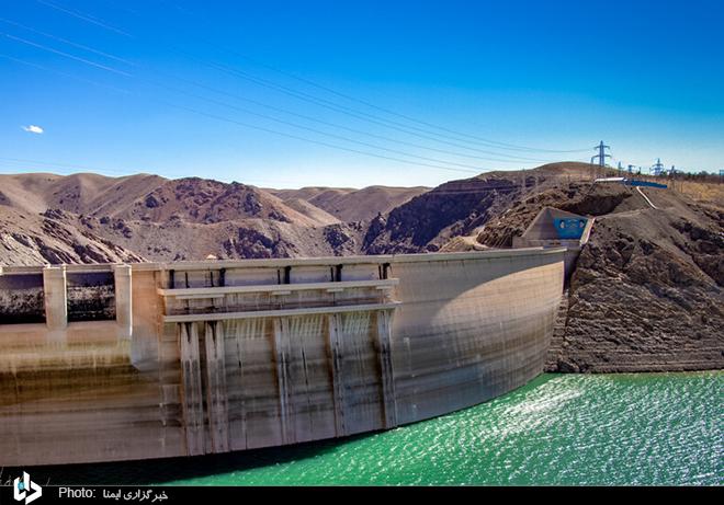 عکس/ نمایی از سد زاینده رود اصفهان