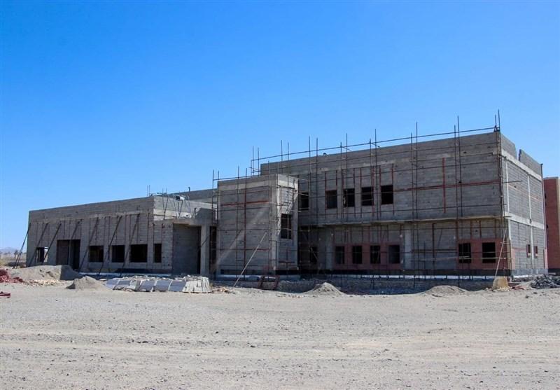 ۱۲۰ هزار نفر در بلوچستان معطل ساخت بیمارستان