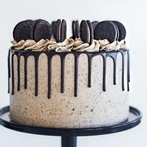 ایده های جذاب و دوست داشتنی برای تزئین کیک