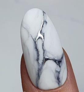 طراحی ناخن سنگی جدیدترین ترند امسال