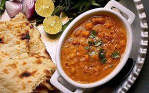 دوپیازه نخود و لوبیا چیتی یک غذای هندی سرشار از انرژی