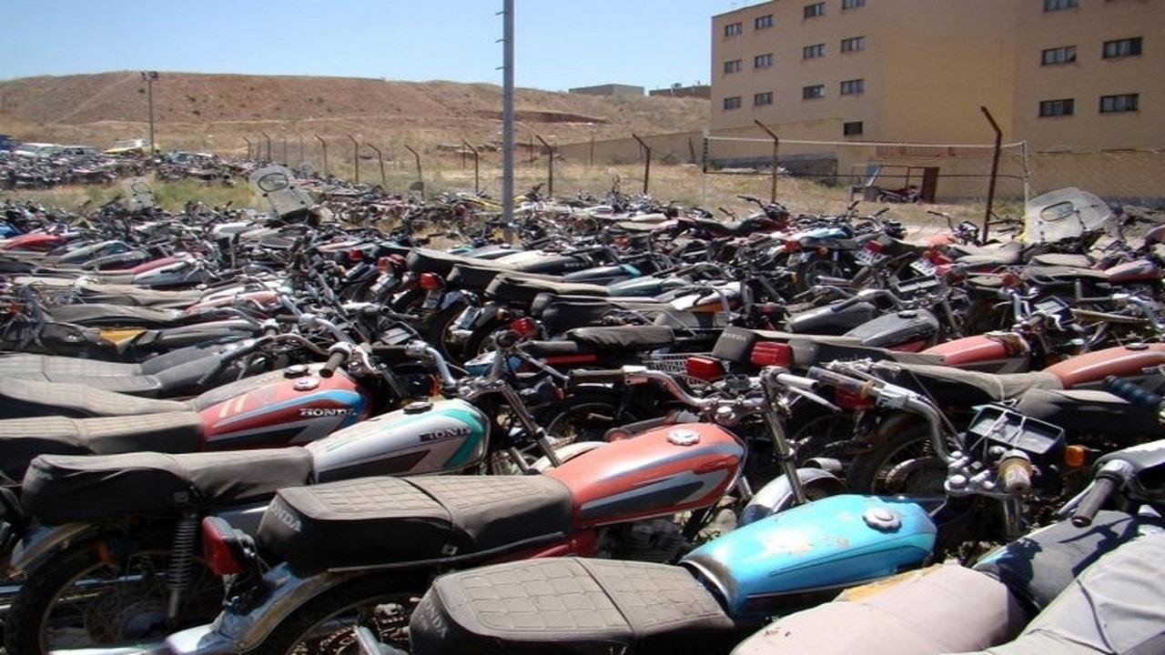 طرح ترخیص موتورسیکلتهای رسوبی تا پایان سال در بوشهر ادامه دارد