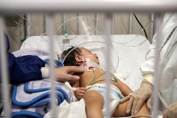 شناسایی بیش از ۵۰۰ کودک کرونایی در خوزستان