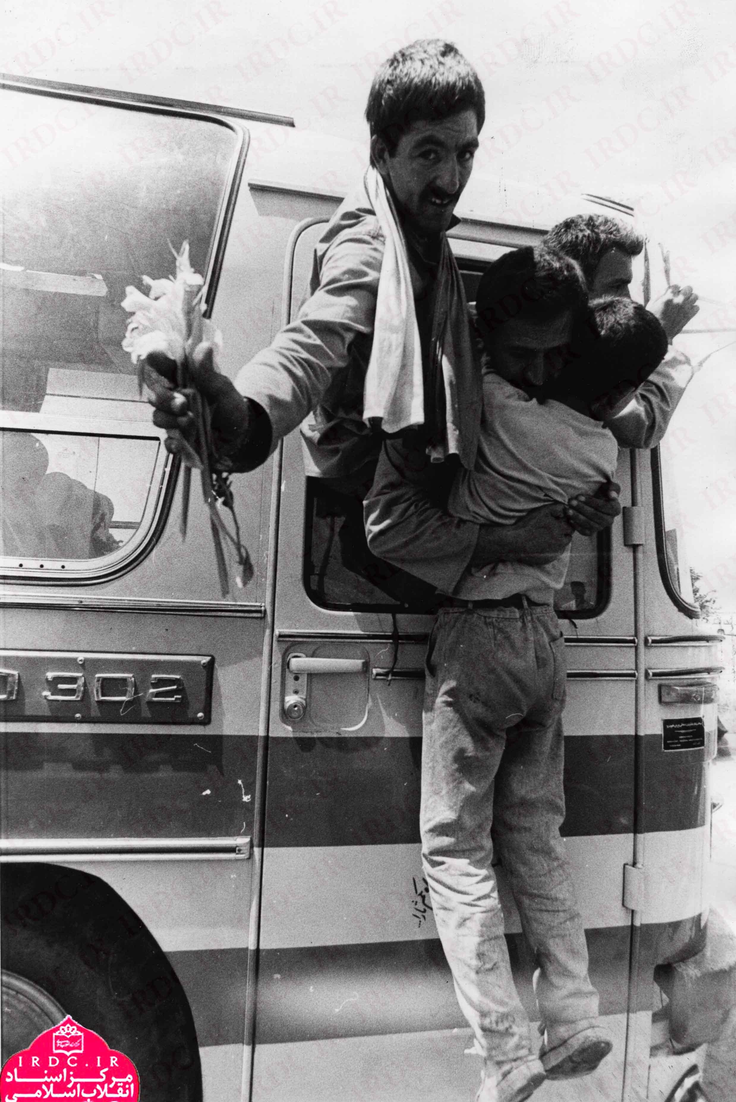 عکس/ قابهای پدرانه انقلاب