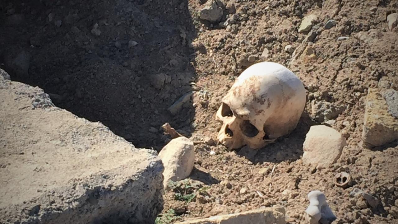 عکس/ ویرانی قبرستان مسلمانان قره باغ از سوی ارمنیها