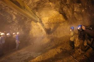 حفاری طولانیترین تونل راهآهن مبارکه به شهرکرد پایان یافت