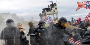 جلسه سنای آمریکا جهت بررسی کوتاهی مقامات امنیتی در ماجرای حمله به کنگره