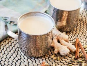 شیر زنجبیل معجون طلایی برای درمان و  زیبایی