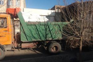 کشف بیش از ۶ تن آرد نانوایی دولتی احتکاری در قم