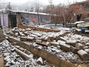 زلزلهزدگان سیسخت ۱۰میلیون دریافت کردند