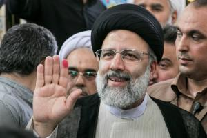 عضو حزب مؤتلفه: رئیسی کاندیداتوری در انتخابات ۱۴۰۰ را رد کرد