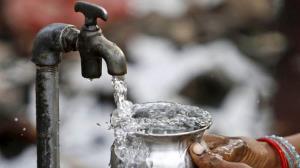 وصل آب شرب روستای زلزلهزده بیاره
