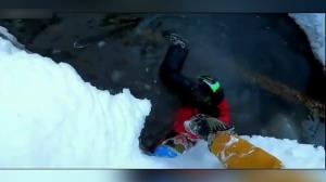 سقوط اسکی باز روس داخل گودال پر از آب