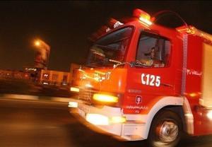 مصدومیت ۳ آتش نشان تهرانی بر اثر ریزش یک سوله