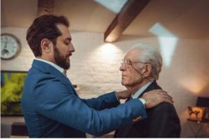 چهره ها/ احترام بهرام رادان به پدرش