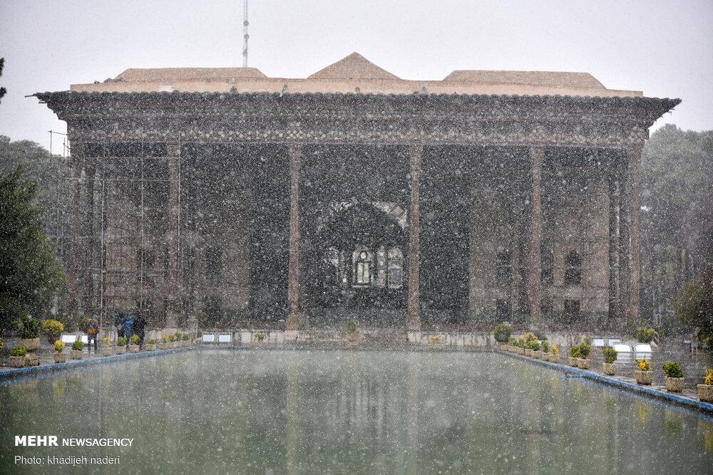 عکس/ حال و هوای برفی نصف جهان